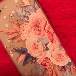 Accessories - NEW iPhone 7+/8+ Floral Case
